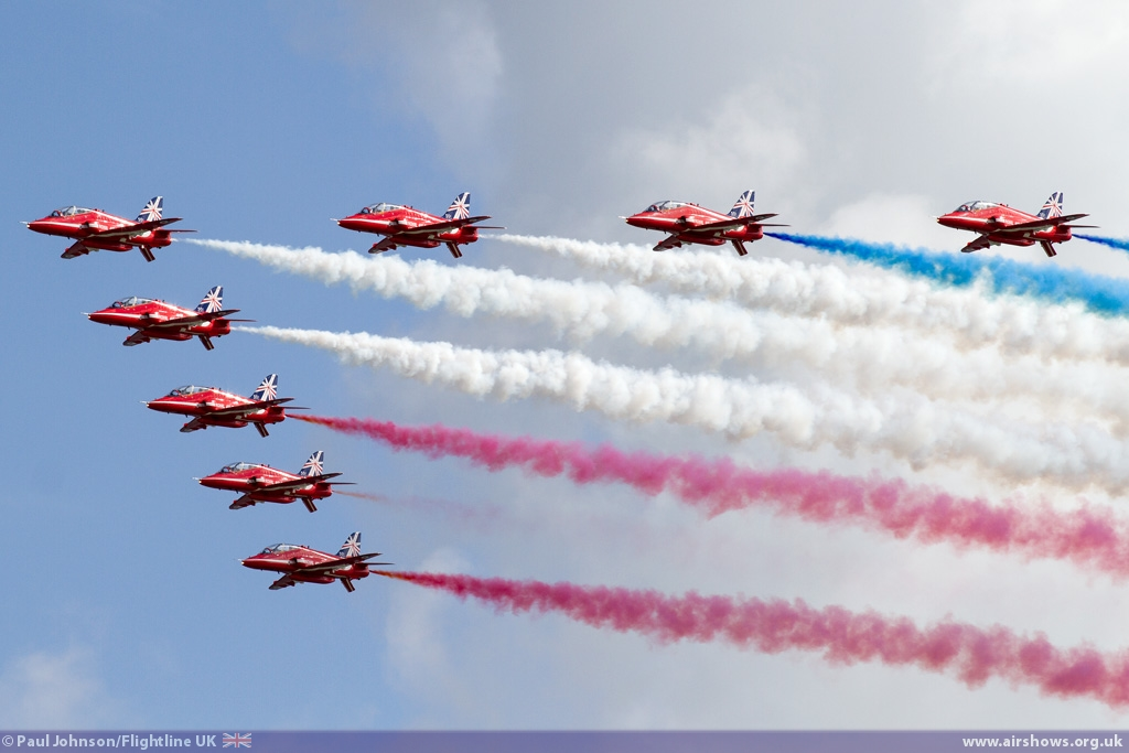 Eastbourne Air Show >> UK Airshows 2014 - Airbourne: Eastbourne International Airshow - REVIEW - Flightline UK