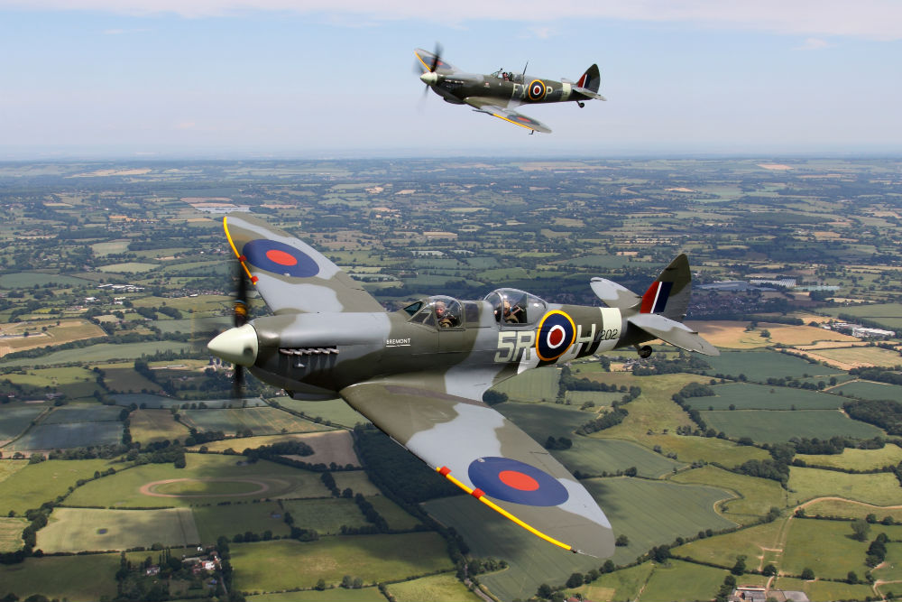 AIRSHOW NEWS: Aero Legends 75th Anniversary Battle of Britain, Air Show and Ball