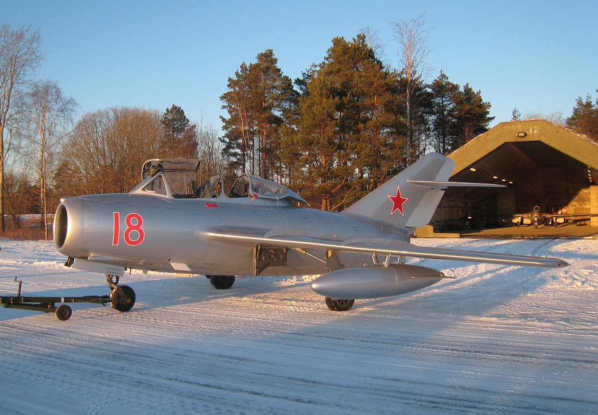 AIRSHOW NEWS: Air Day's MiG-nificant Cold War Star