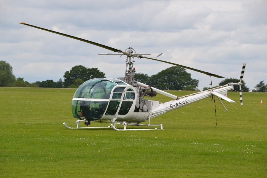 Hille UH-12 G-ASAZ star of Goldfinger