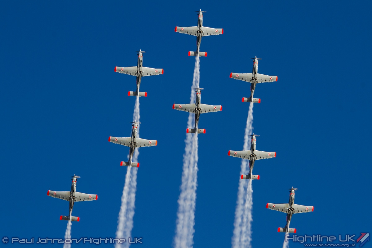 AIRSHOW NEWS: Polish Air Force Team Orlik set to sparkle at Air Day