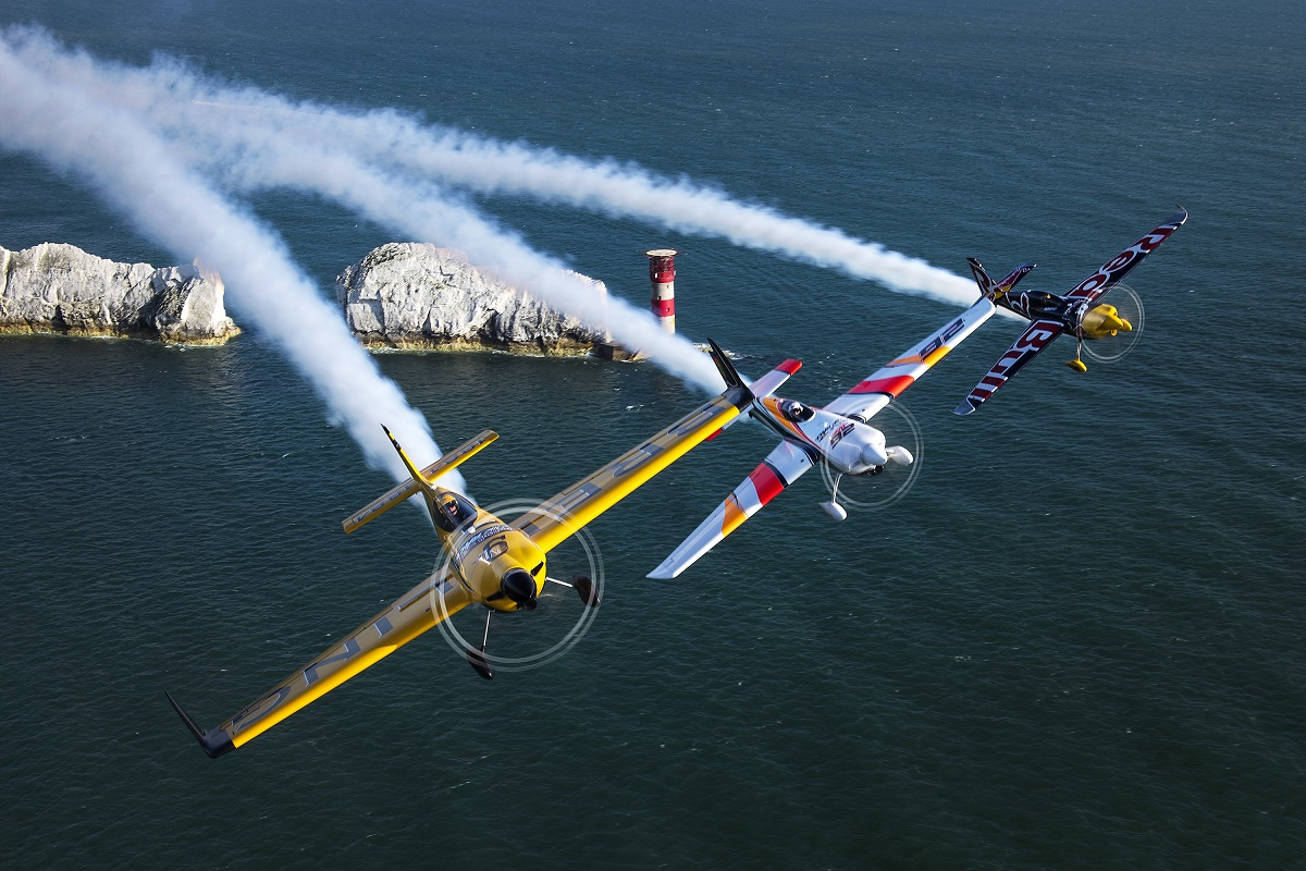 RED BULL AIR RACE: World Championship pilots get spectacular views of The Needles and Arundel Castle
