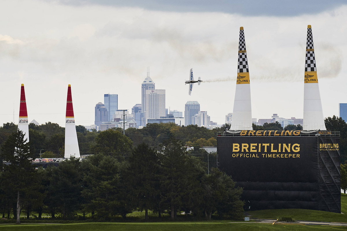 RED BULL AIR RACE: Qualifying shocker in Indy as Muroya claims Red Bull Air Race pole, overall leader Dolderer fights back from last place